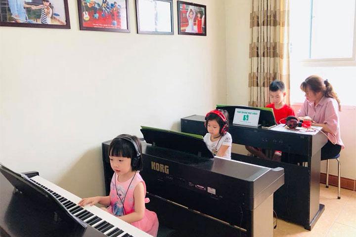 lớp học piano s-music