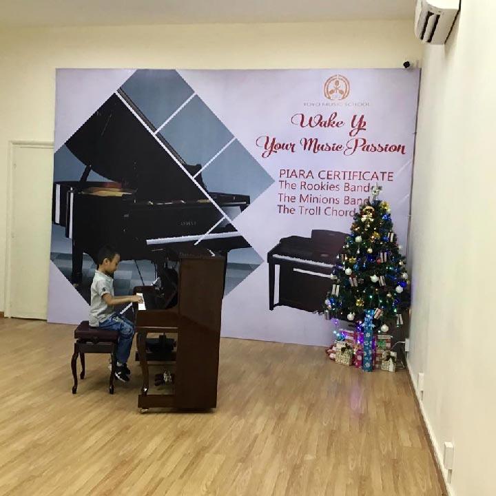 lớp học piano toyo vietnam