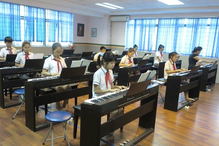 lớp học piano yam sài gòn