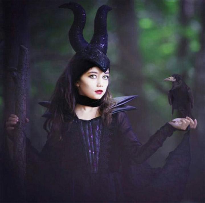 mẫu hóa trang halloween phù thủy