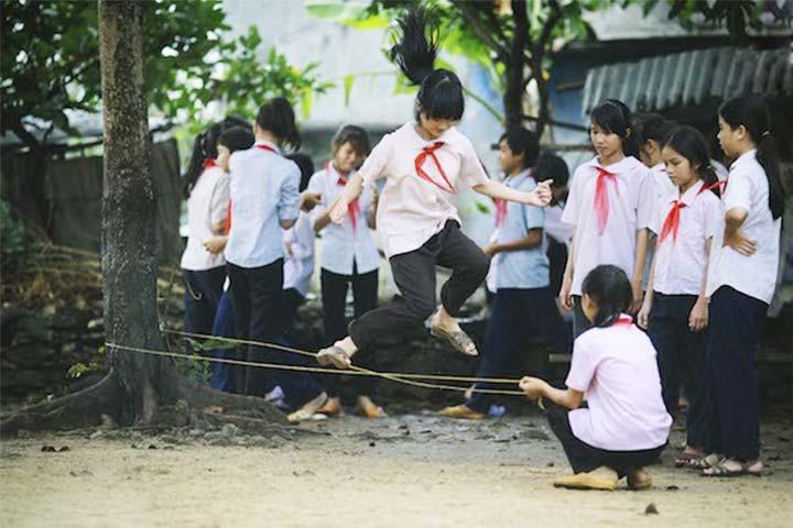 trò chơi tuổi thơ nhảy dây