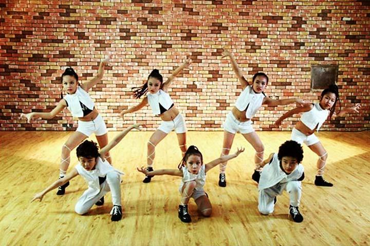 trung tâm dạy nhảy le cirque dance studio