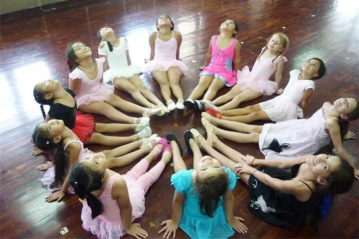 trung tâm dạy nhảy tdt event