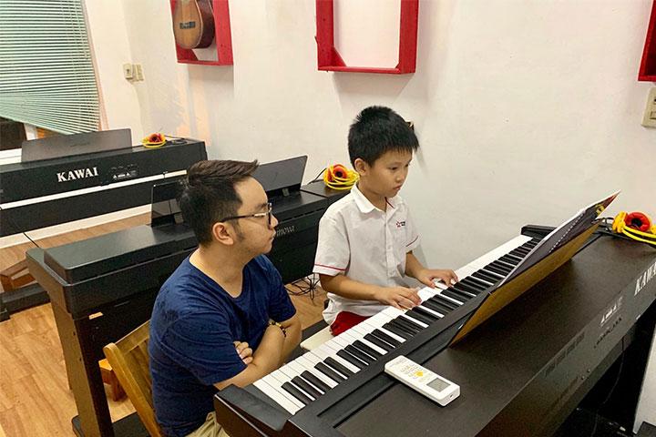 trường dạy học piano adam