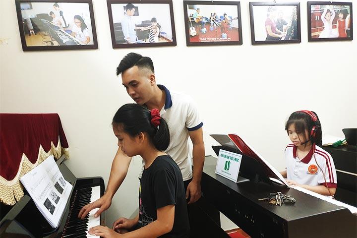 trường dạy piano s-music
