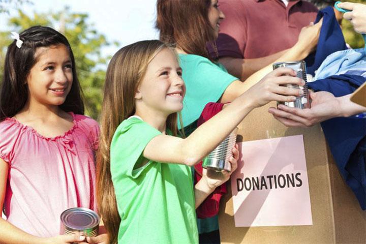 dạy trẻ làm từ thiện