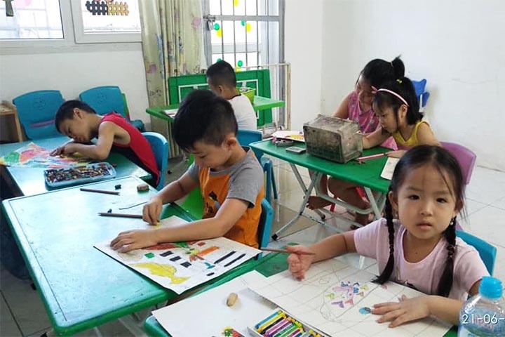 lớp học vẽ hà nội kec