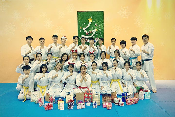 lớp học võ karate hà nội võ đường uy sơn