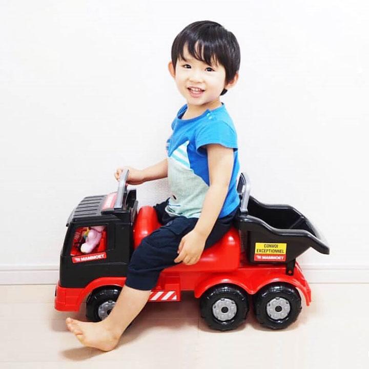 quà noel xe chòi chân cho trẻ em