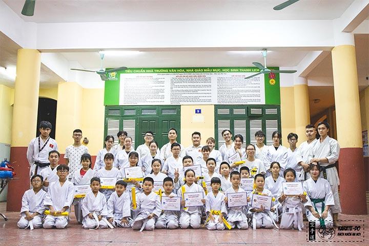 trung tâm dạy võ karate bách khoa hà nội