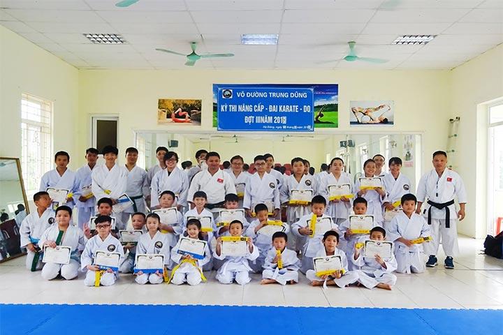 trung tâm dạy võ karate hà đông