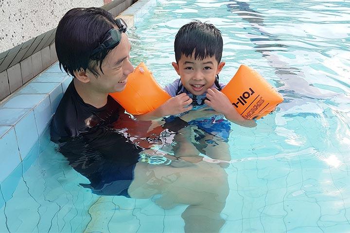 clb dạy bơi tphcm swim to be live