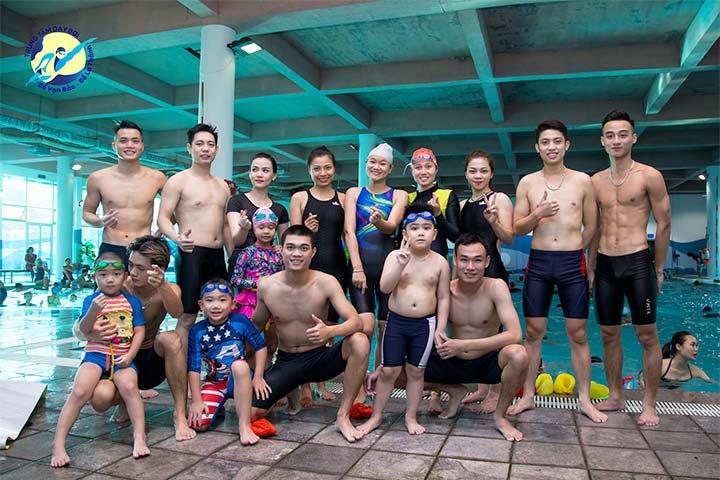 trung tâm dạy bơi bể bơi la thành