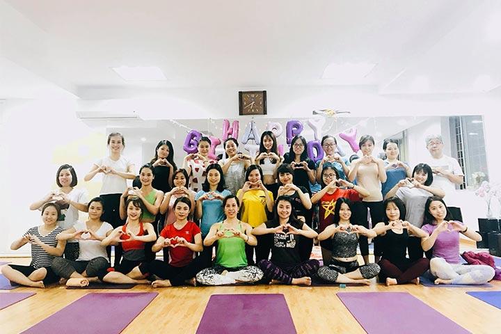 yoga trẻ em hà nội an