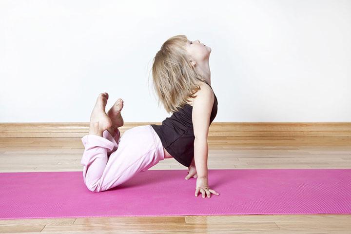 lợi ích yoga cho trẻ em