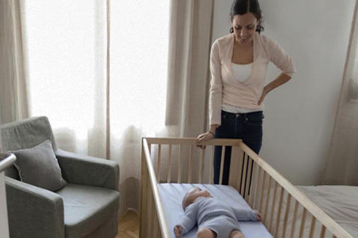 fading thường xuyên kiểm tra trẻ